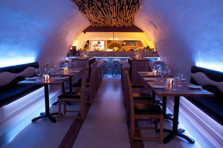 La Perla restaurant by InStyle LED Lighting, Bath   UK hotels and restaurants
