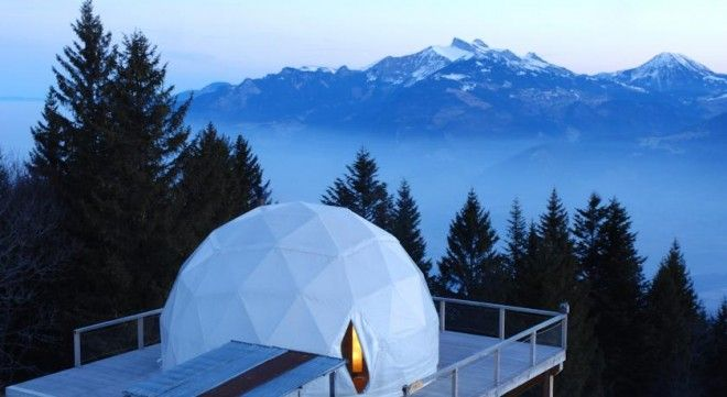 http://blog.favoroute.com/top-10-eco-travel-hotels/