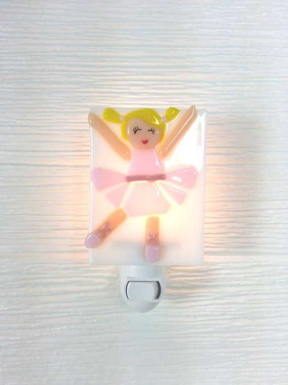 Veilleuse ballerine verre fusion bébé rose par VeilleSurToi sur Etsy, $38.00