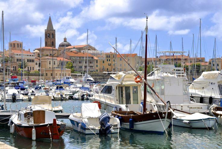 #alghero #italy #italia #italien #tourist #sightseeing #wow#wowplaces #beautiful #sea #mare #island #sun #sunshine #blog #blogger #sardinia #sardinien #holiday #vacation #urlaub #reise #port