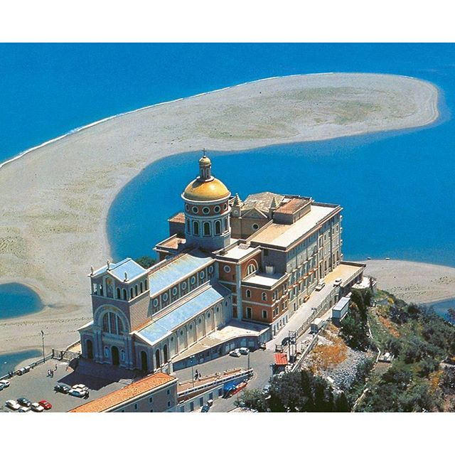 #Tindari: a fantastic village on the top of a mountain. Famous for her black virgin and its particolar beach's shape that appears like a #madonna