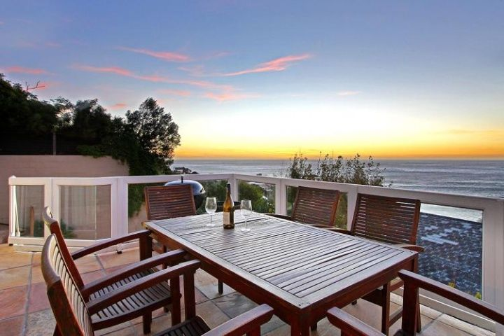 Cape Town Atlantic Coast Accommodation in Camps Bay | Houghton accommodation property has spectacular views of the Ocean and the Twelve Apostles Mountains in Camps Bay