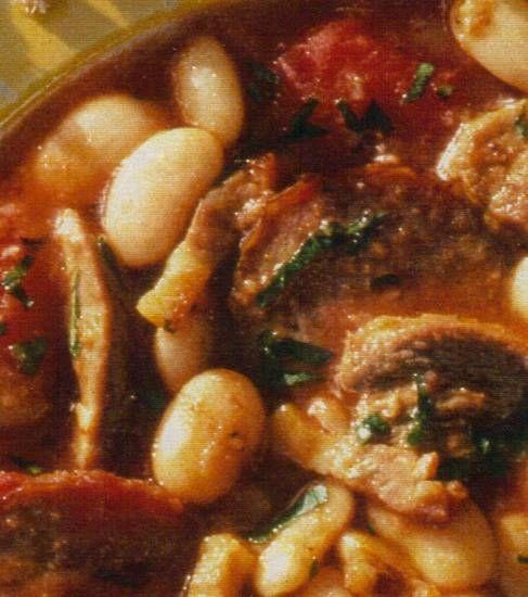 Cassoulet (stoofschotel met witte bonen).