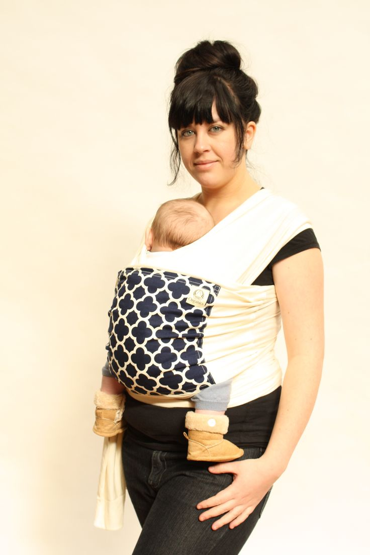 Natures Sway organic cotton stretch knit Carry Wrap with central panel pocket in quatrefoil  #babywearing #babycarrier