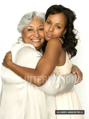 Kerry Washington with her mom Valerie