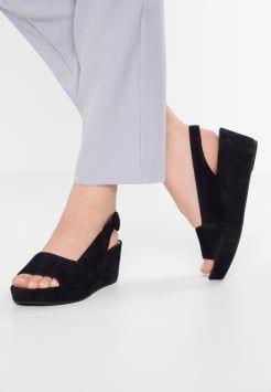 Sandaler med kilehæl | Damer | Find din nye sandal med kilehæl hos Zalando.dk