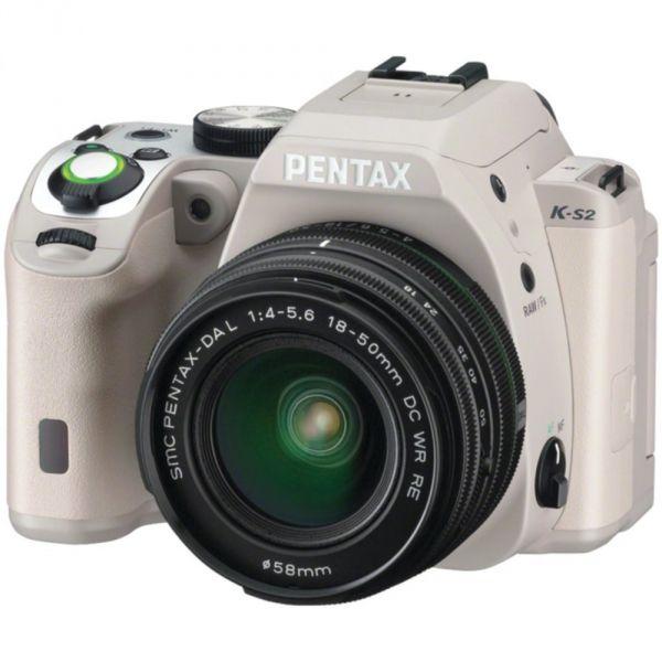 #Pentax K-S2 #DSLR #fényképezőgép + DAL 18-50mm 4-5.6 DC WR objektív  A strapabíró váz, ami bárhol bevethető, kiszélesítve a lehetőségeket. Állj készen a fotózás eddig nem tapasztalt élményeire a Pentax K-S2-vel!  Rendkívüli teljesítmény, amivel minden tovaszálló pillanatot úgy örökíthetsz meg, ahogy Te látod.