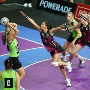 FAST5 Ferns secure finals spot Posting a fifth successive win, the FAST5 Ferns secured their place in tonight