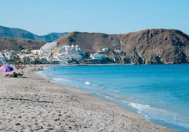 Carboneras, la mar divina… en esta lectura rápida sobre los principales atractivos que posee.  #carboneras #almeriatrending #almeria