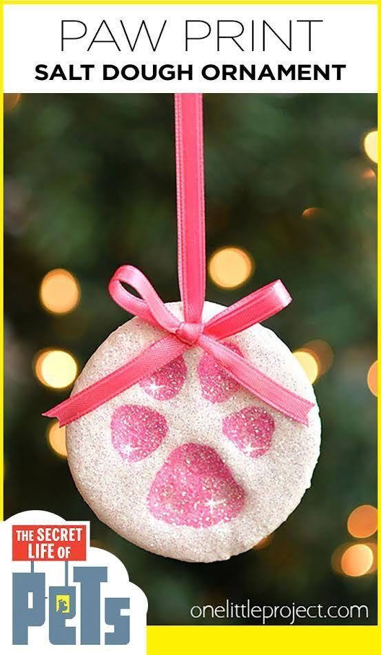Diese Paw Print Salzteig Ornamente wurden von The Secret Life of Pets (den Film jetzt auf Blu-ray & DVD jetzt besitzen!) Inspiriert und sie sind so süß !! #sponsored, #TheSecretLifeOfPets, #PetsPack