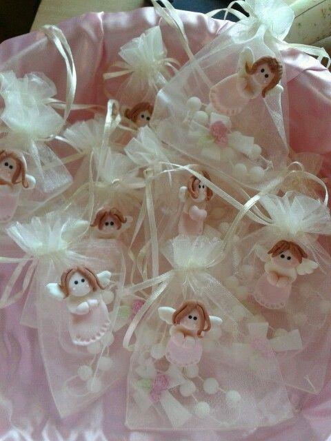Denario largo con bolsa de organza decorada con ángel en cerámica en frío