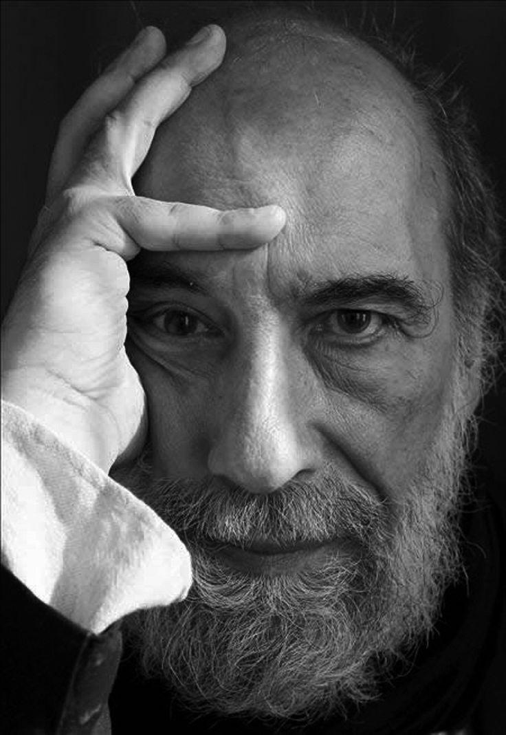 Raúl Zurita - poeta chileno