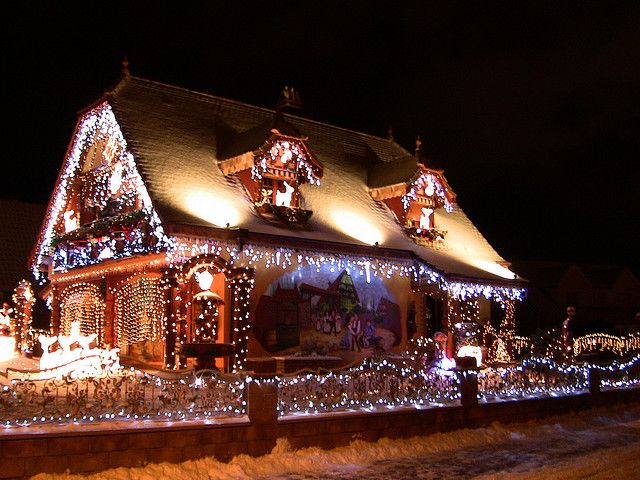 Decorated Christmas House in the Bas-Rhin Part of France called Schweighouse sur Moder. By HSSand