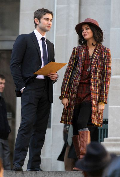 Sofia Black-D'Elia - 'Gossip Girl' Films Scenes In NYC