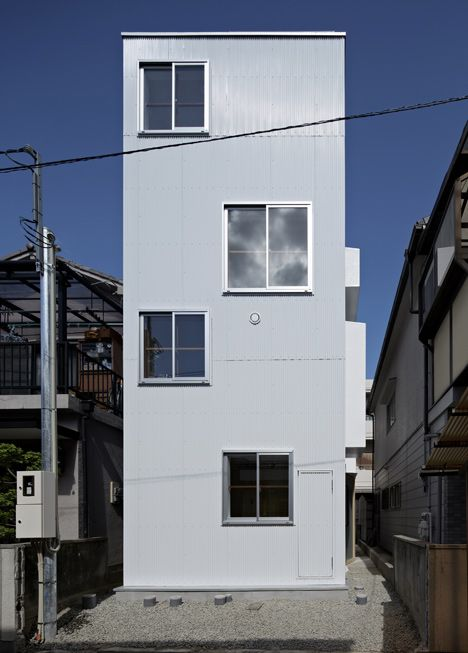 House in itami by tato architects architects house and for Minimalist white house by koichi kimura