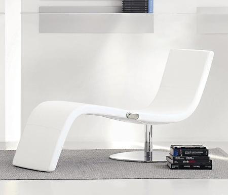 Dragonfly chaise longue bonaldo karim rashid for Meilleure chaise longue