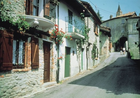 Bossolasco #cities #piemonte #italy #provinciadicuneo