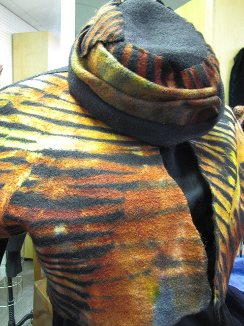 TACtile, the Textile Arts Center, brings Sewing and Fabric Arts to focus. Fashion shows, textile art exhibits and lessons in the art of sewing are all offered at TACtile.