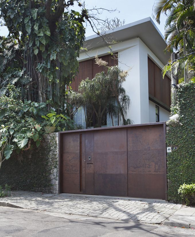 Itiquira House in Rio de Janeiro, Brazil | Trendland: Fashion Blog & Trend Magazine