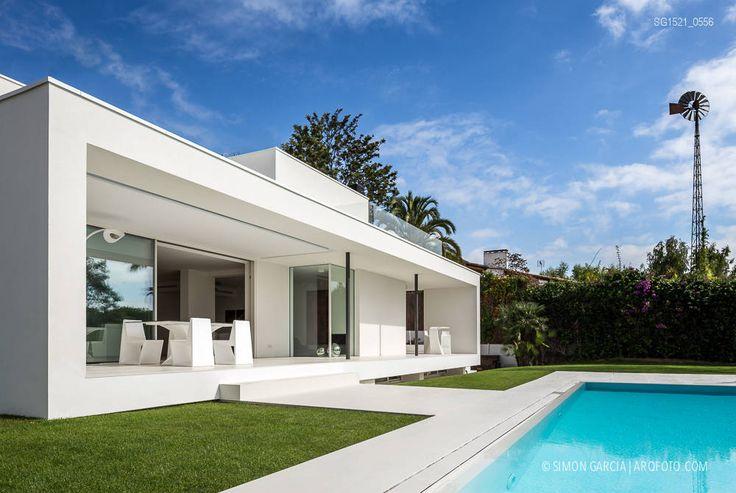 Casa Herrero en Alella de 08023 architects Fotografía de arquitectura · Architectural photography | www.arqfoto.com © Simon Garcia