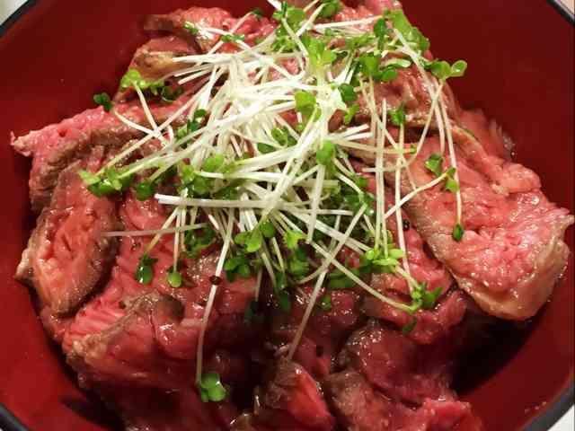 簡単!炊飯器でローストビーフ丼の画像
