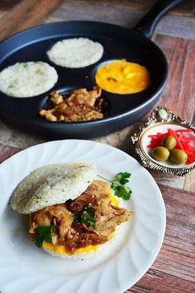 お家でモスバーガー屋さんごっこ? すきやきエッグライスバーガー 朝食 受験生の夜食 - スイスダイヤモンド -|レシピブログ