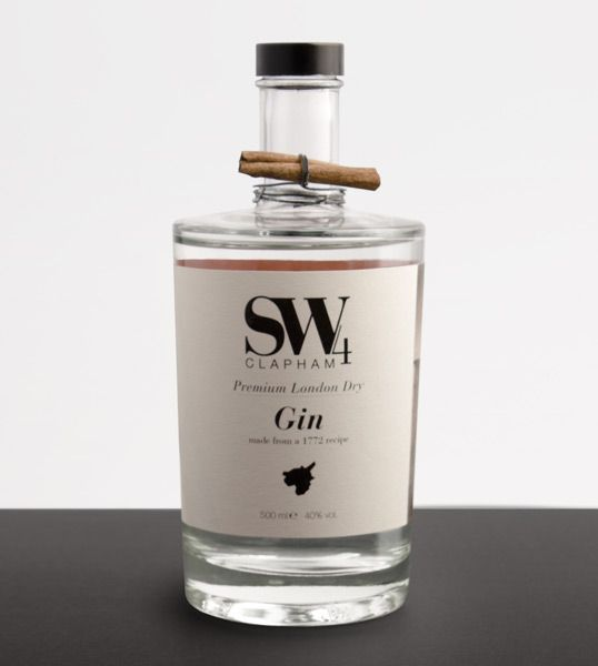 Pretty packaging with cinnamon on top: Student project for Premium London dry gin
