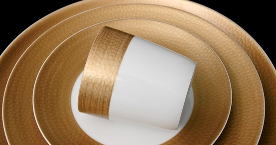 GOLDEN GOBI   Wide shimmering bands enhanced by textured decal bring sophistication and glamour to this collection.