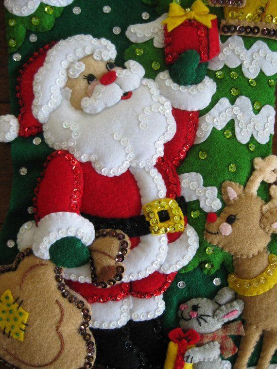 Santa y sus amigos terminados por MissingSockStitchery en Etsy