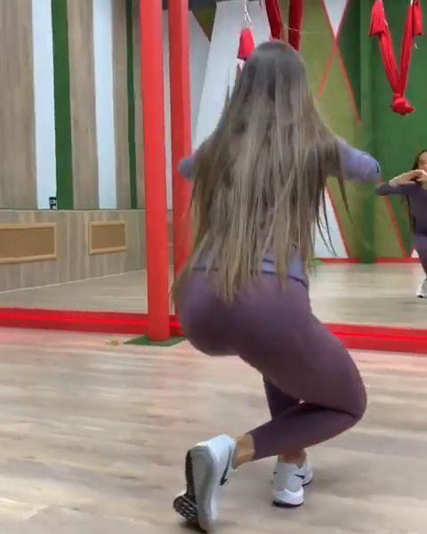 9 Butt Moves That Beat Squats – Heimtraining für Frauen – Fitness – #Beat #Butt…