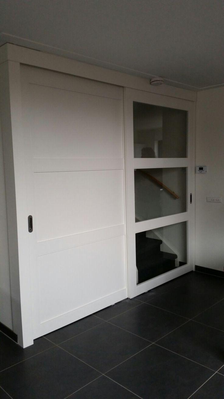 Schuifdeur voor trap en trappenkast