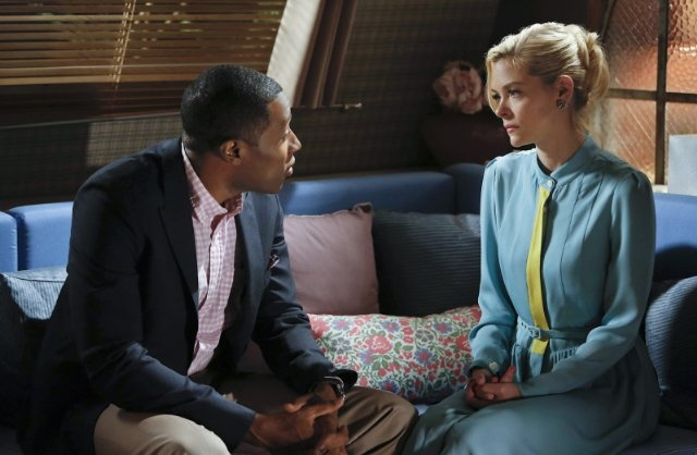 Still of Jaime King and Cress Williams in Hart of Dixie