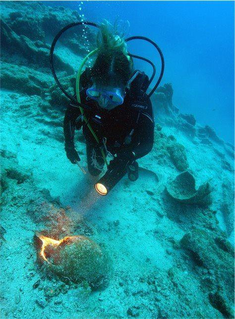 Investigan uno de los barcos más antiguos del Mediterráneo    El pecio de la bahía de Hisaronu, hallado en 2014 al suroeste de Turquía, data de la primera mitad del segundo milenio a.C.
