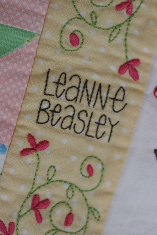Embroidery Quilt Label Designs : 17 Best images about Quilt labels on Pinterest Wedding quilts, Names and Quilt making