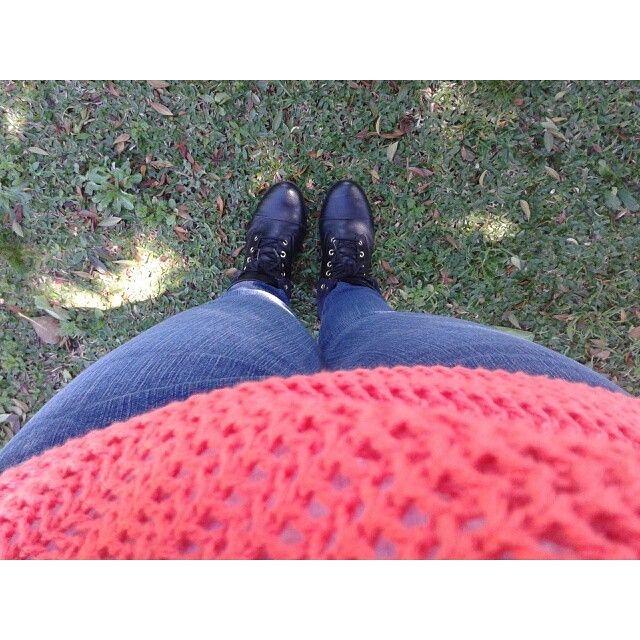 Look Tricô + Coturno http://blogtaemalta.wordpress.com/2014/08/27/looks-da-fe-pelo-instagram/