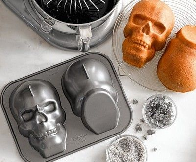 Skull Cake Pan #halloween #creepy