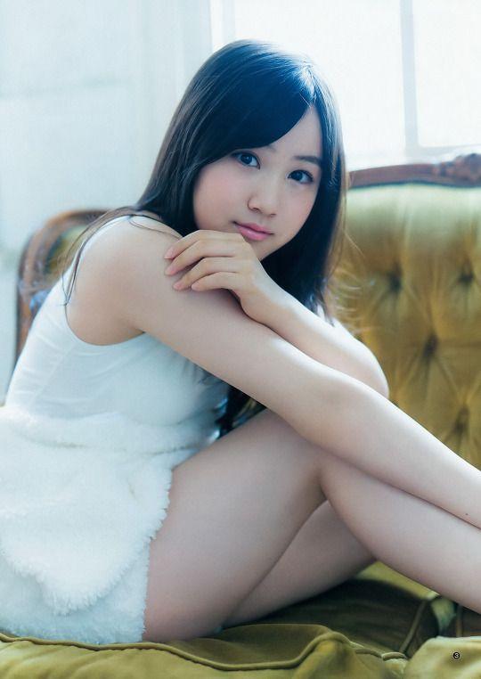 Asuka Saito 齋藤飛鳥 Minami Hoshino 星野みなみ (Young Jump 2015 No.49)
