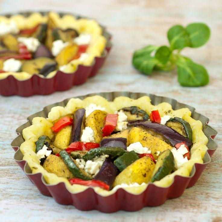 En #apéritif ou en #entrée, cette recette de #tartelettes va régaler toute la famille et vous faire gagner du temps en cuisine ! A base de #poêlée, cette recette de tartelette à la #méditerranéenne est à essayer sans plus tarder !  Retrouvez la recette ici : http://www.bonduelle.fr/recettes/tartelettes-a-la-mediteraneenne #recipe