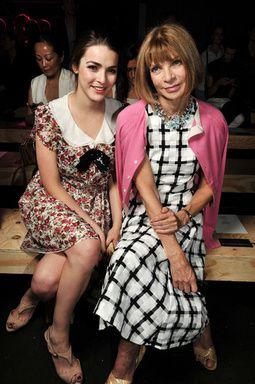 「世界で最もパワフルな女性100人」ファッション業界人トップ アナ・ウィンターのかっこ良い着こなし術