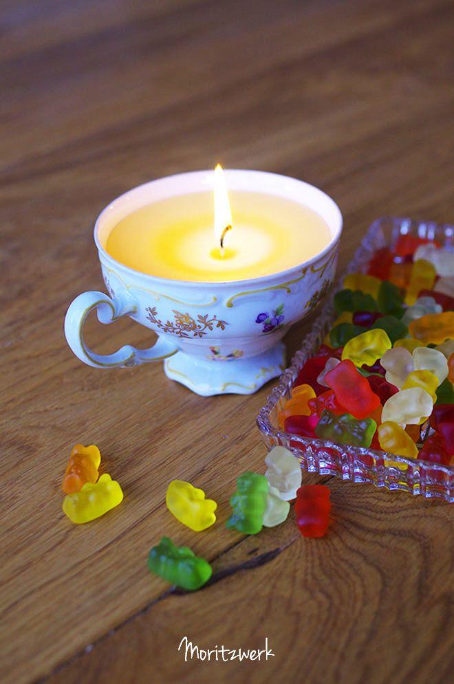 Kerzen gießen in alte Sammeltassen - Making candels in old cups   Moritzwerk