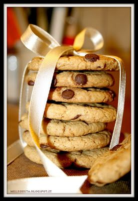 Melegueta...                      piccole ricette per un matrimonio (quasi) perfetto:  #Christmascookies Chocolate Chip Cookies