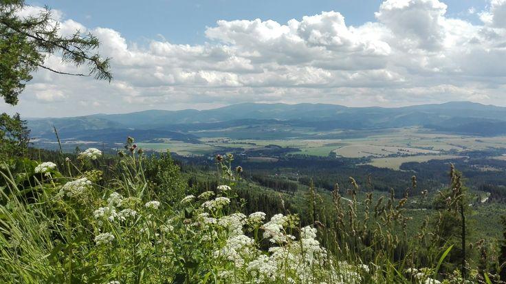Vysoké Tatry, pohľad na Nízke Tatry   :-D