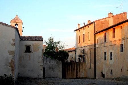 The village of Populonia, a great spot for aperitivo and a little shopping.