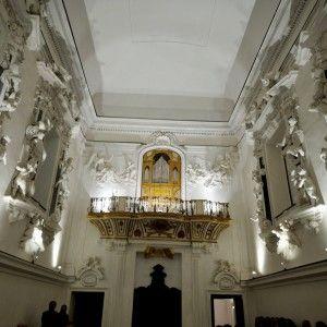 A vent'anni dall'ultima conferenza e della mostra di Minnella, l'arte barocca torna nella capitale francese con una conferenza di Pierfrancesco Palazzotto, vice direttore del Museo diocesanodi MICHELA MISURACA