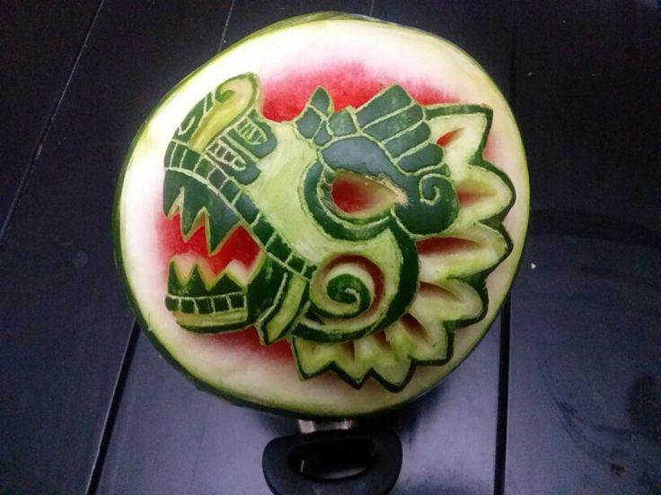 Arte mukimono. Sandia Quetzalcoatl