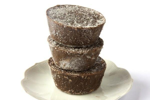 Batidos de café y chocolate | 31 Bocadillos divertidos que puedes hacer utilizando un molde para muffins
