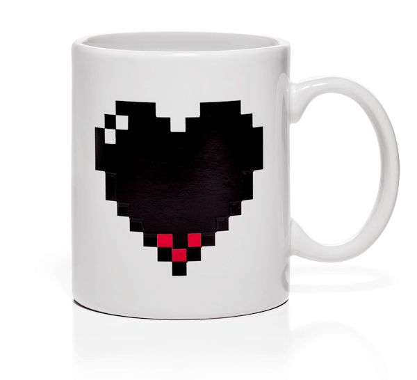 Pixel Heart Heat Changing Mug - A great gift for geeks! #myuntangledholidays