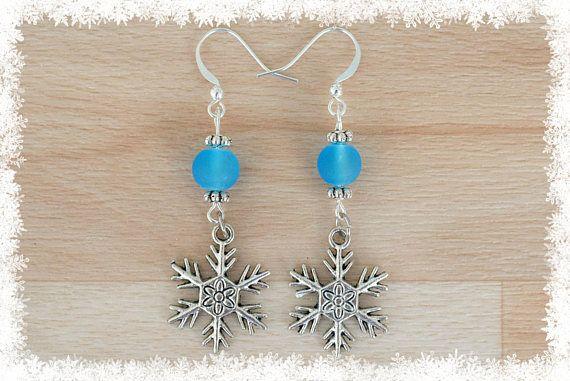 Silver Snowflake Earrings IV  Christmas Earrings  Snow