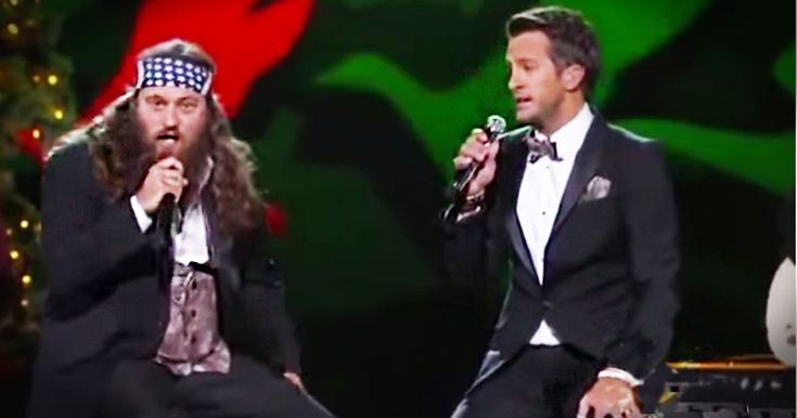 Willie Robertson paired up with country music start Luke Bryan to bring you the HILARIOUS new Christmas song 'Hairy Christmas'. And I cannot tell you how loud I was laughing during this one!