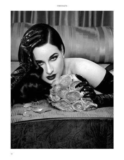 Portraits chapter - Focus on Dita Von Teese. #DitaVonTeese #fashion #woman #style #look